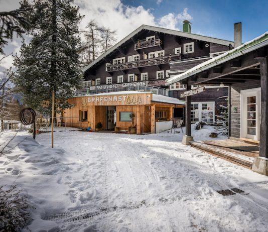 Bio Hotel Grafenast Hoteleinfahrt Winter (c) Hotel Grafenast