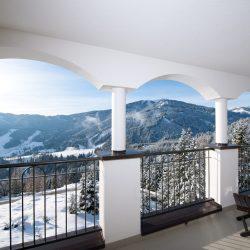 Ausblick Balkon Hotel Bergheimat (c) Hotel Bergheimat