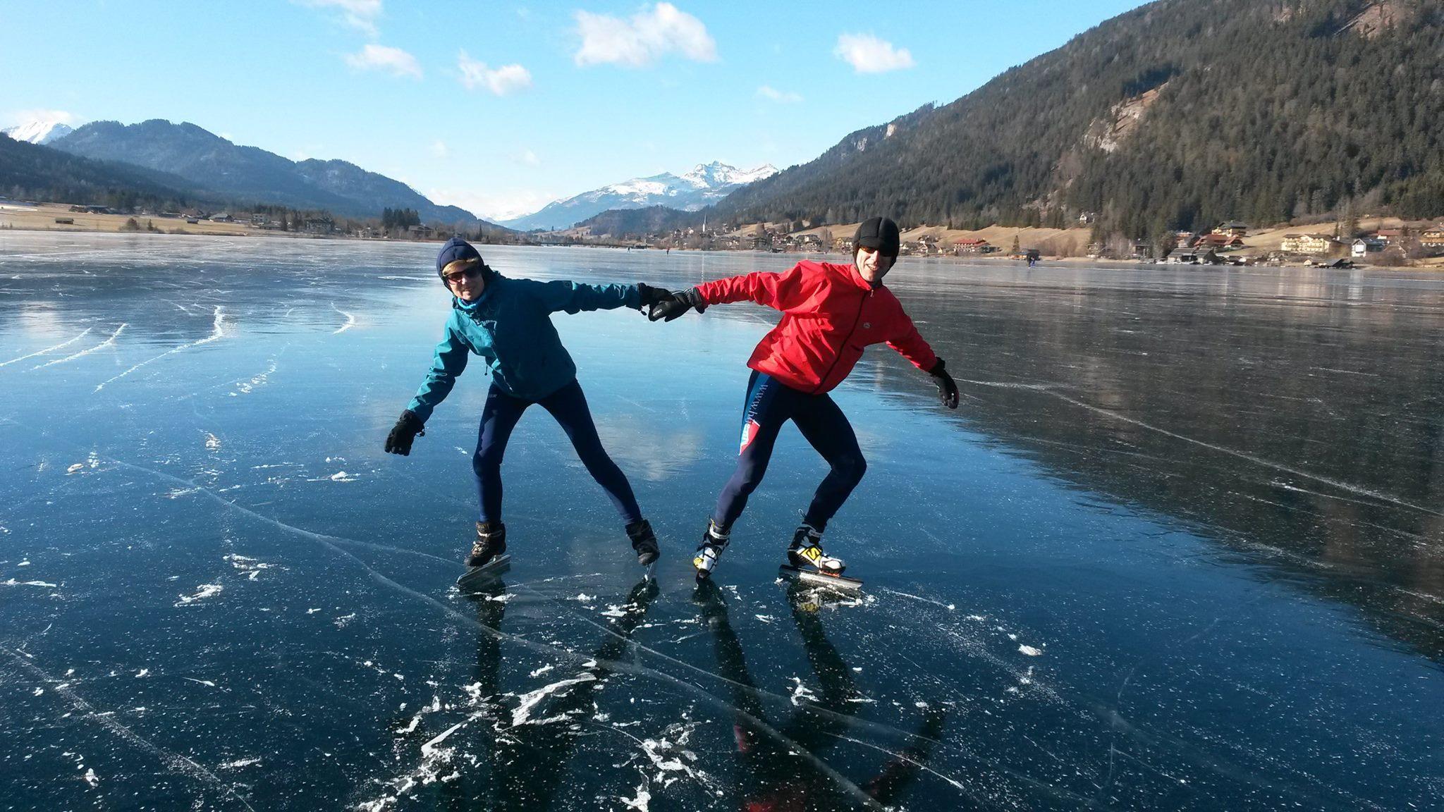 Eislaufen am Spiegeleis © Seehotel Enzian